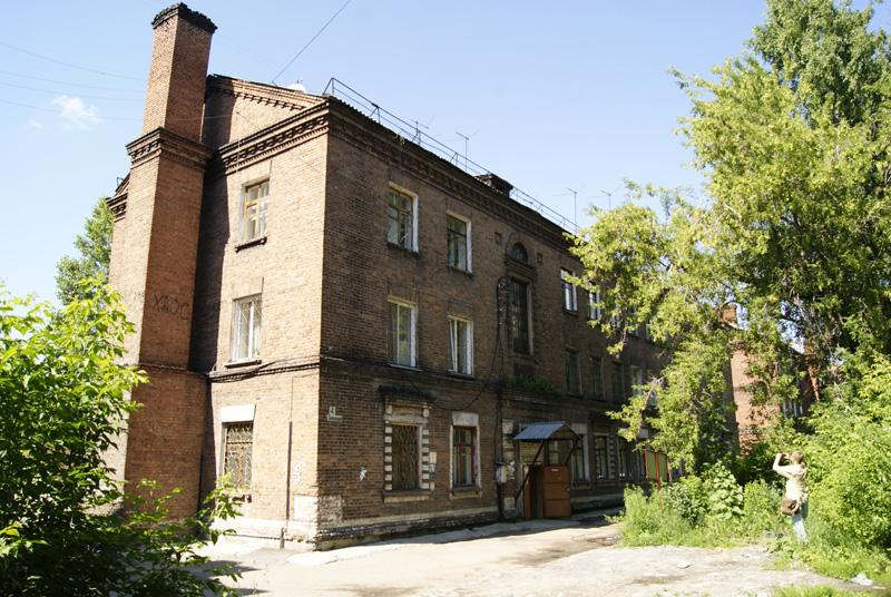 http://nsk.novosibdom.ru/story/NOVOSIBIRSK/NOVONIK_1910-1920/topol/topol04_02.jpg