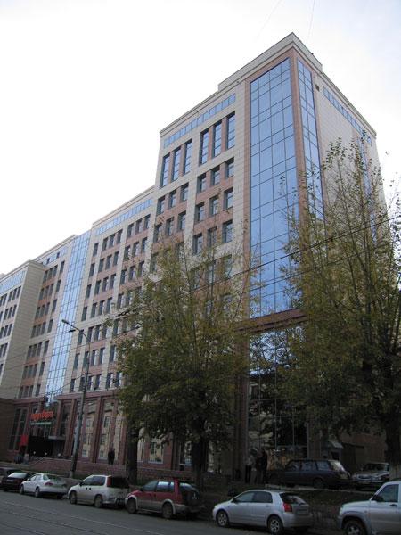 Административное здание пенсионного фонда РФ по улице Серебренниковская, д. 19/1 в г. Новосибирске