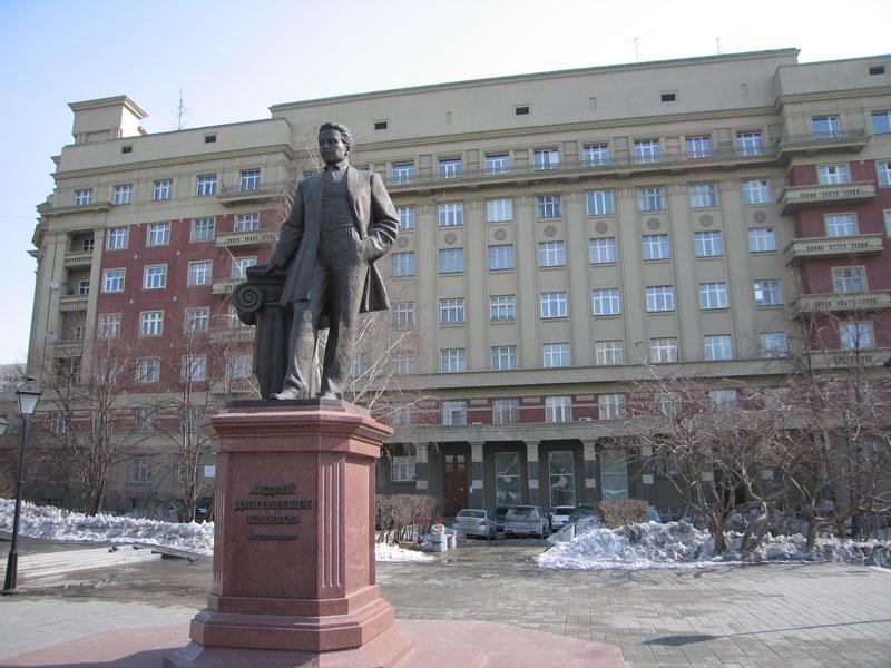 Памятники города новосибирска картинки памятники из гранита новосибирск ярославле