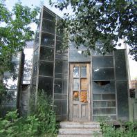 Заповедный город Новосибирск: Зеркальная изба